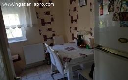 10 éves tégla lakás bútorozva akár albérlőkkel is
